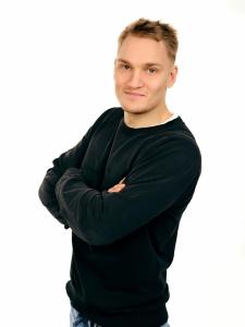 Kuvassa valmentaja Toni Lipsanen.