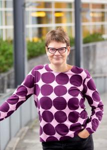 Kuvassa tutkija Mirja Määttä.